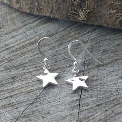 NEW Chunky hammered star earrings