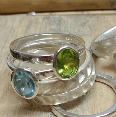 Oval green peridot stacking ring