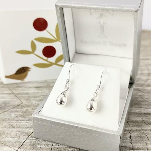 NEW silver raindrop earrings